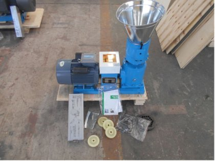 Small pellet machine with electric motor has been exported to Australia